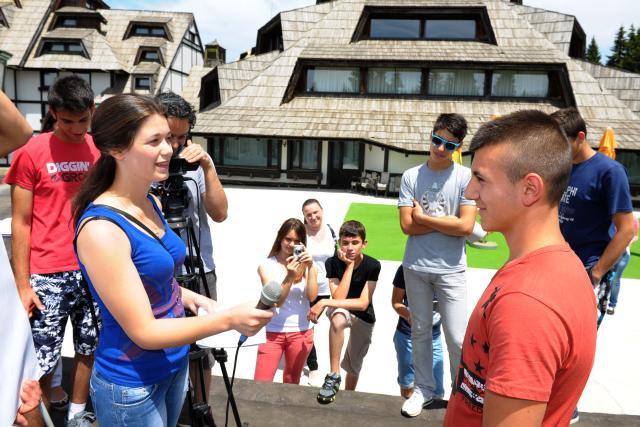 На Копаонику одржана Танјугова онлајн радионица за средњошколце са југа Косова и Метохије